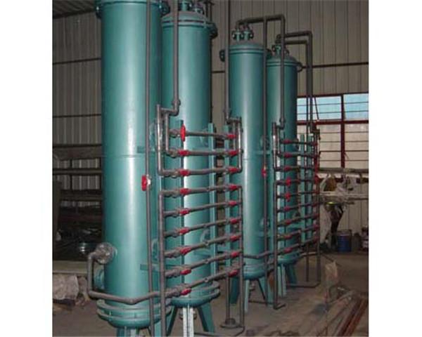 自动软水装置耐腐蚀。树脂等交换剂工作稳定,软化全过程均由控制器自动操作完成,无人为的浪费现象