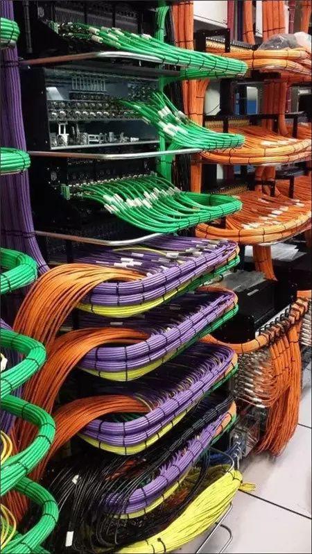 电气线路安装需要布线机的帮忙