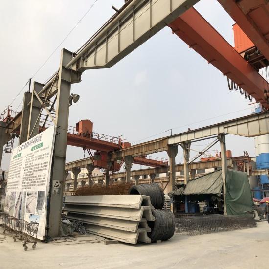 钢筋笼编扎的生产工地展示