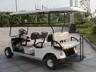 球场高尔夫球车