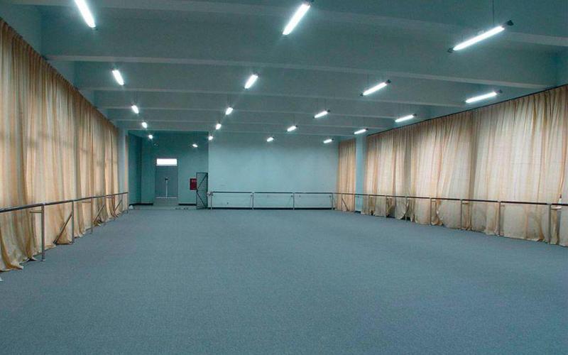 舞室地胶自流平如何保养?