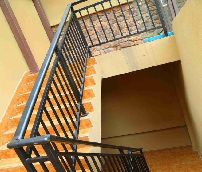 巴中鋅鋼樓梯扶手定制