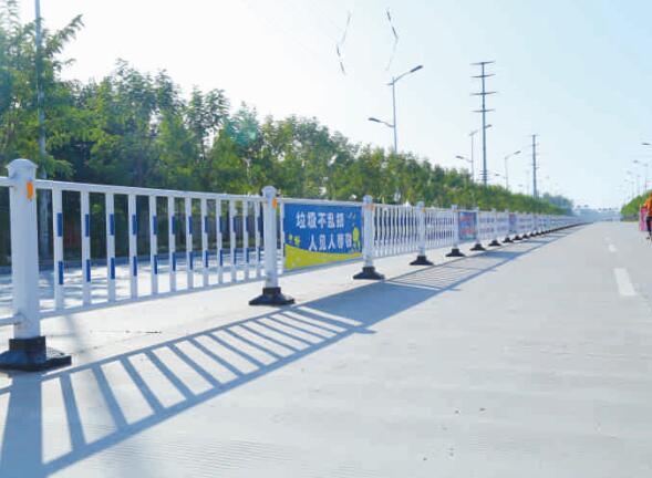 鋅鋼道路護欄安裝