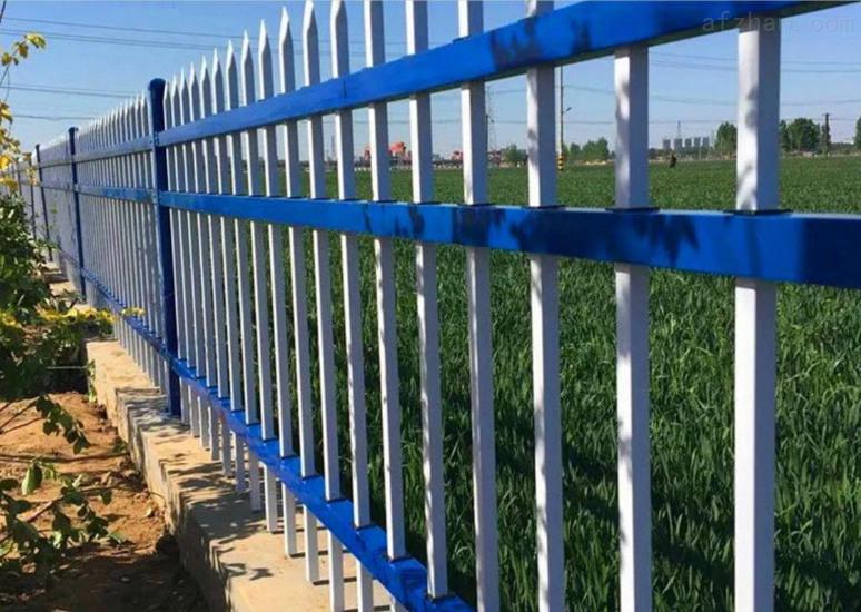 常見的四川鋅鋼圍欄都具備哪些特點?