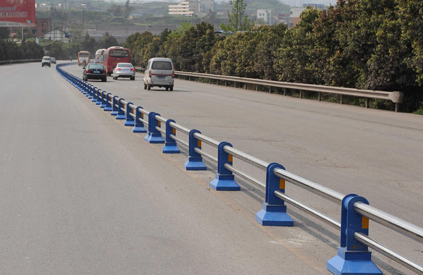 四川不锈钢道路护栏
