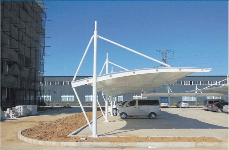 膜结构车棚工程建设遇见雨天该怎么施工?
