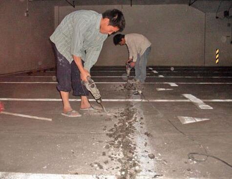 卫生间免砸砖防水补漏注意事项有哪些?请看襄阳室内外防水补漏公司是怎么介绍的吧