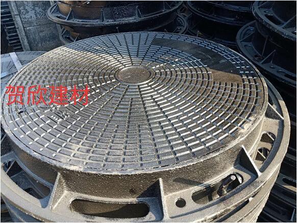 球墨铸铁井盖定制安装