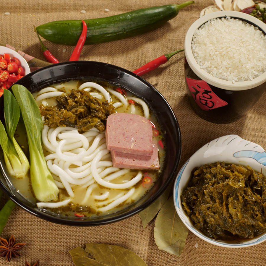 钜轩调料——老坛酸菜底料