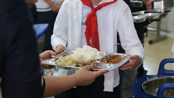 央厨团餐,值得您信赖选择!