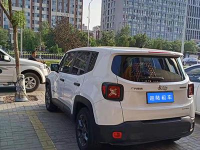 越野车租赁车辆图片展示