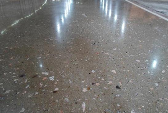 钢化地坪与耐磨地坪哪个比较实用呢?