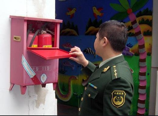 关于幼儿园消防配置,3000平米面积需不需要设喷淋?