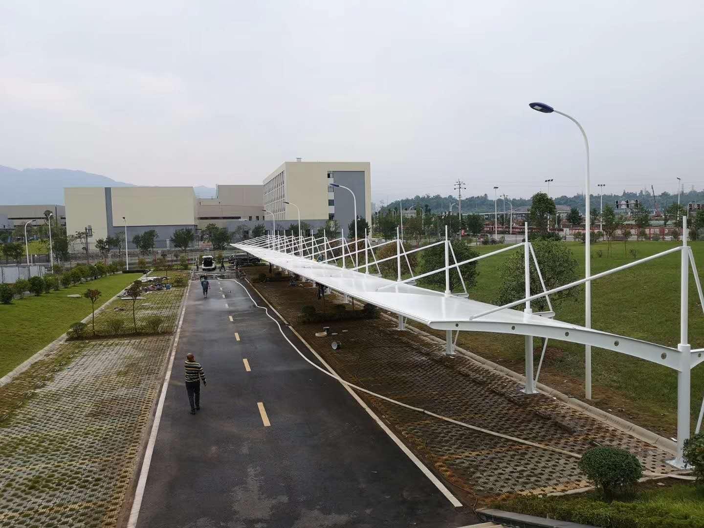 膜结构车棚单位停车棚--雅安市明山区新筑通工厂