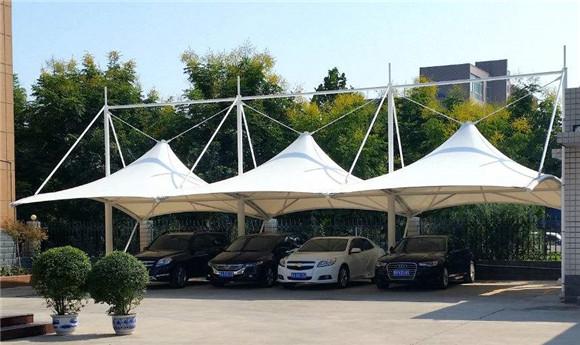 膜结构停车棚有哪些优点与优势呢?