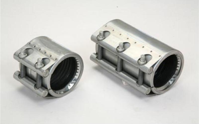 哪些材料适合制作管道连接器