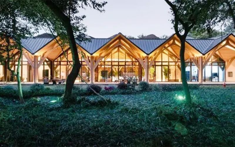 不同的木质结构对大连防腐木的应用