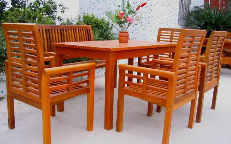 防腐木厂家:防腐木桌椅还可以这样搭配!