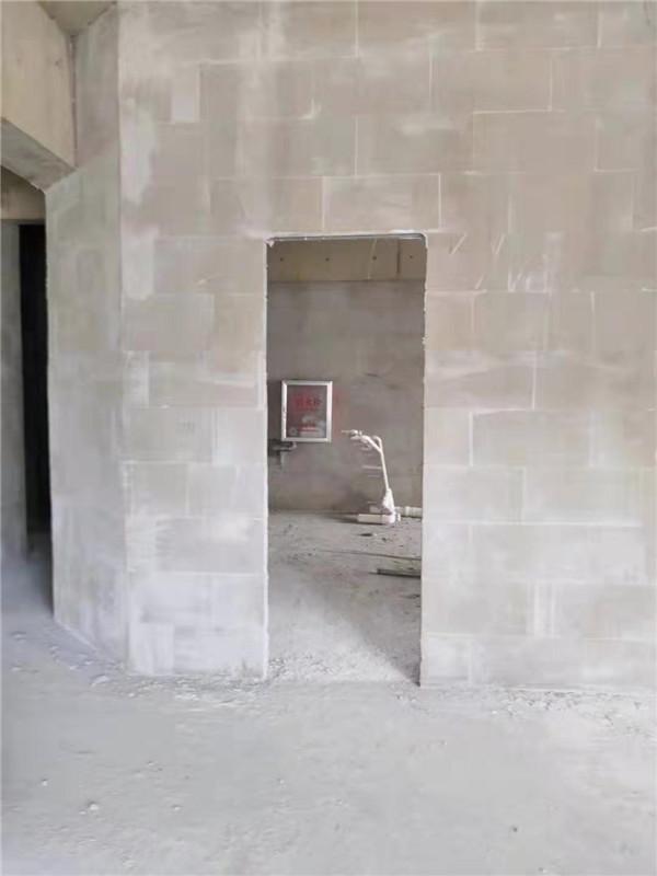 批墙的时候是否需要把墙面打磨平整呢?都有哪些是需要注意的?
