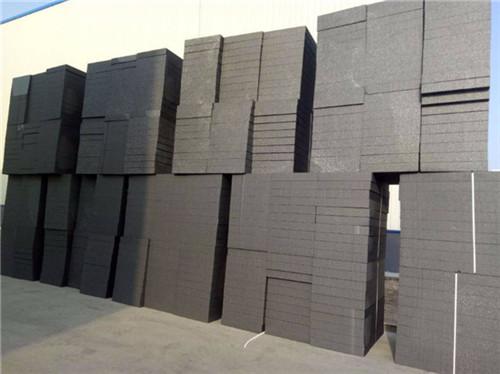 石墨板与挤塑板性能对比