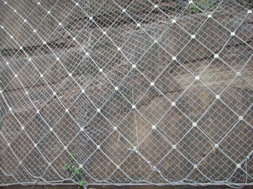 四川防护网厂家的施工注意事项