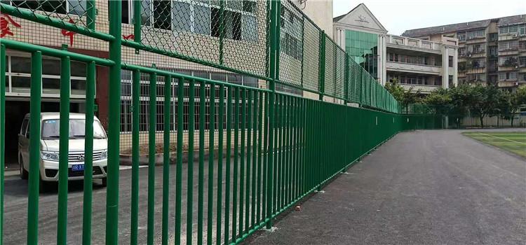 成都学校操场围栏