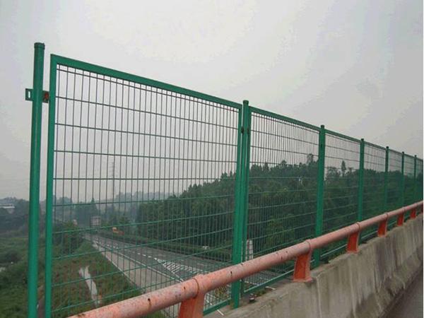 四川公路护栏网厂家