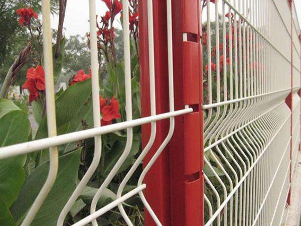 四川桃型柱护栏厂家