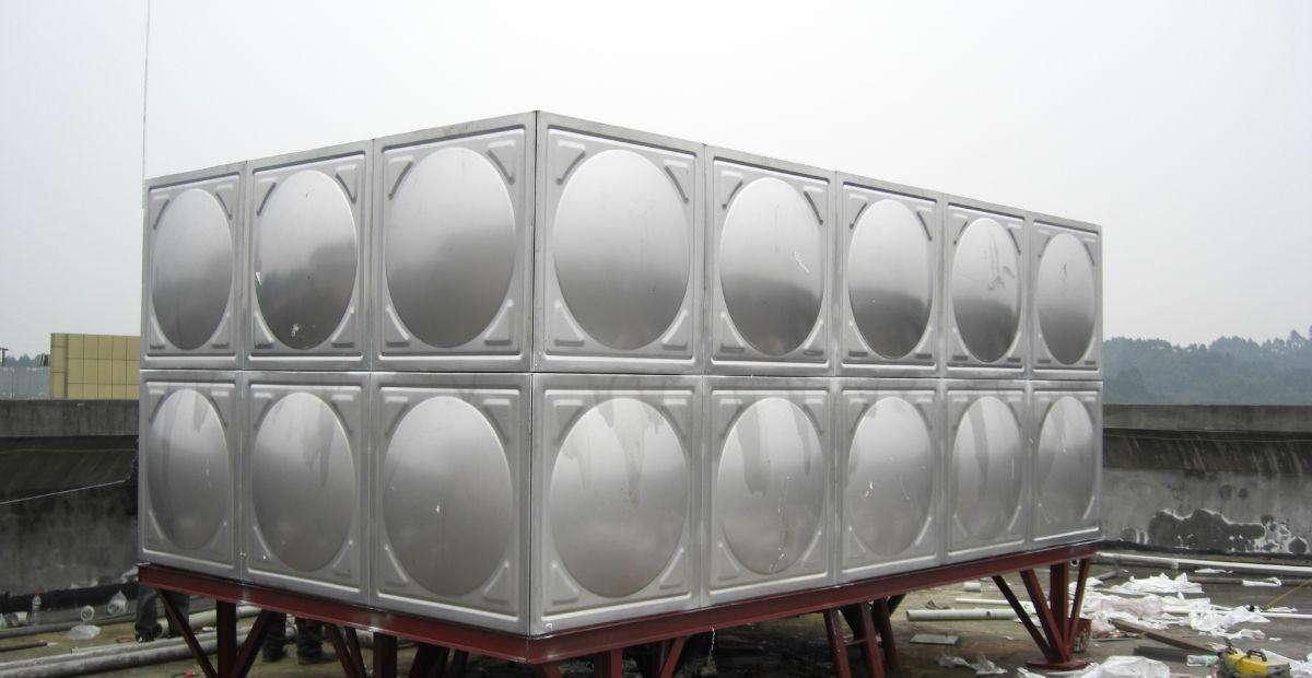 宜宾不锈钢水箱到底是圆形好还是方形好呢