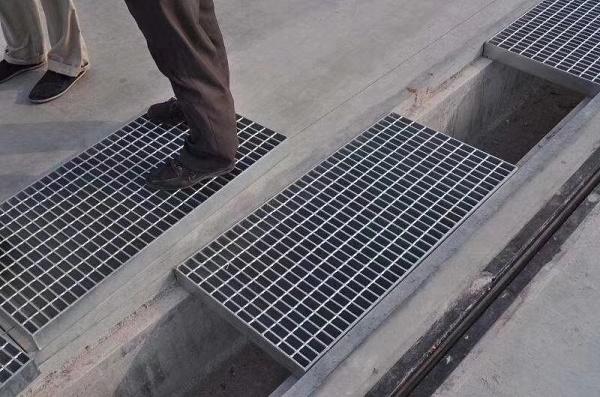 成都不锈钢排水沟盖板