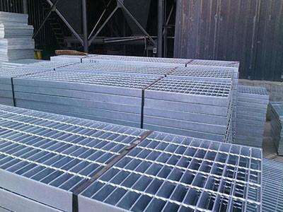 四川镀锌钢格栅板