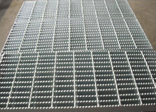 镀锌钢格板在制作过程中该注意什么问题