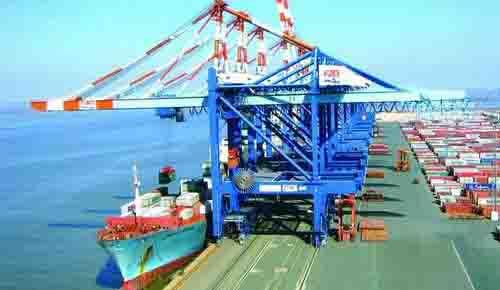 渤海港装货设备建设