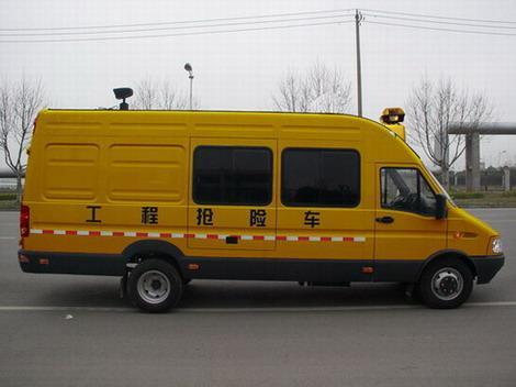 网管抢险车
