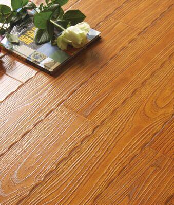 四川花边木地板如何保养?防潮通风很关键!