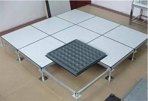 关于成都pvc无边防静电地板的设计要点