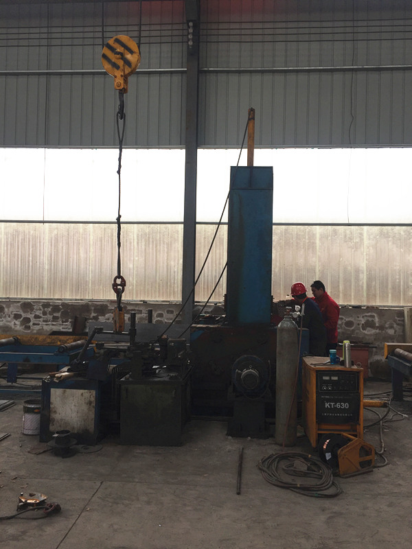 荔华钢结构加工设备