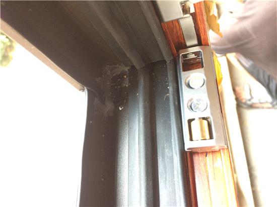 西安断桥铝门窗安装