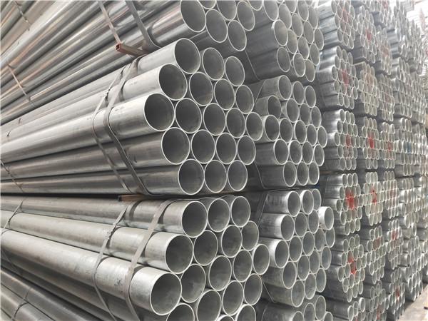 使用无缝钢管能够有效避免运输的介质出现损失