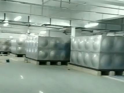 水箱存放库房