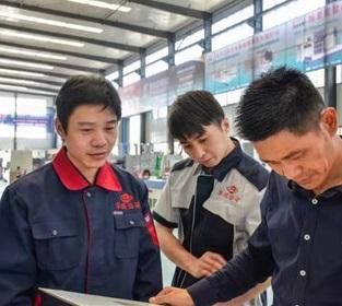 郑州包装机生产技术人员