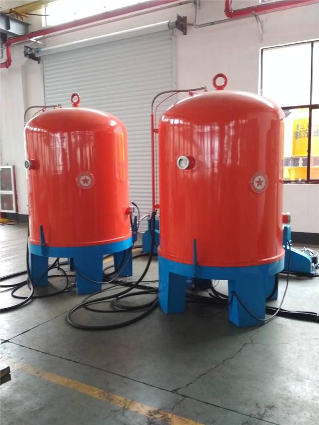 离子氮化炉炉内气压的测量与控制系统