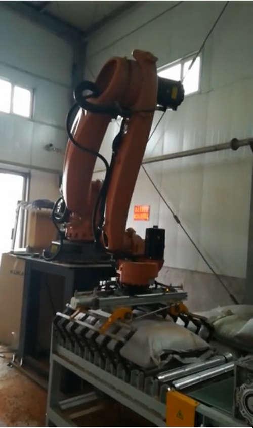 新疆机器人码垛厂家合作过的成功案例