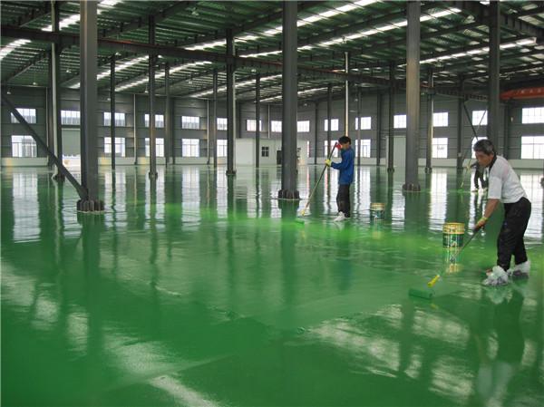 环氧地坪漆与环氧自流平的区别
