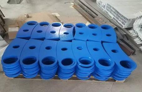 喷塑是将塑料粉末喷涂在零件上的一种表面处理方法