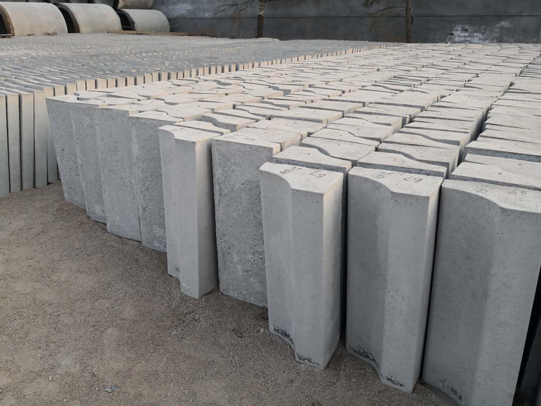 混凝土道沿石生产