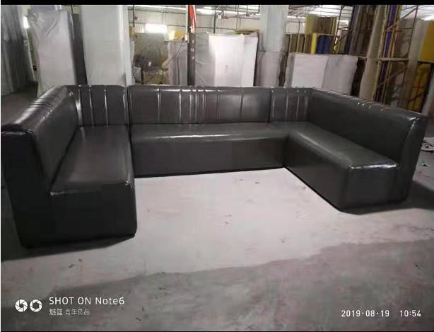 不规则线条沙发
