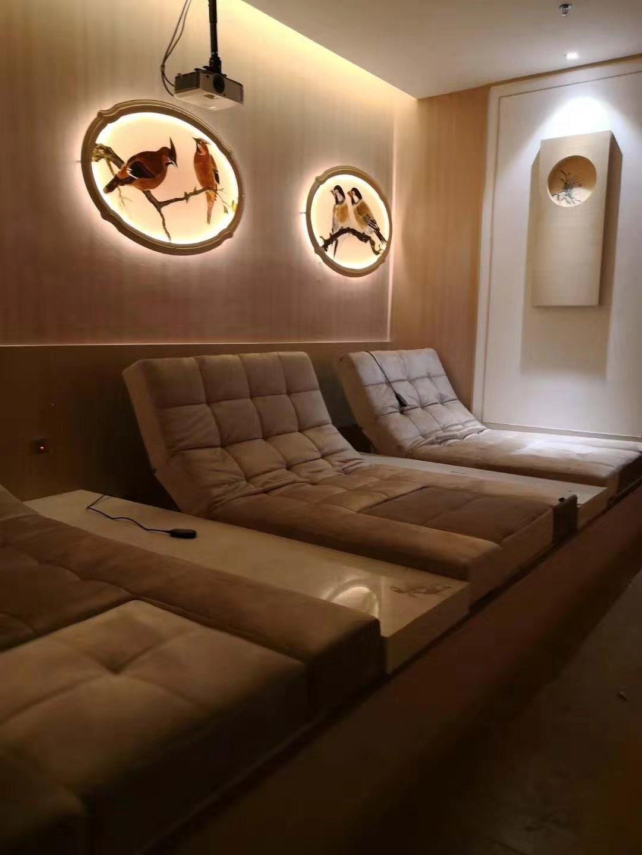光棍视频家具廠淺談會所家具在室內設計中的重要性以及保養方法