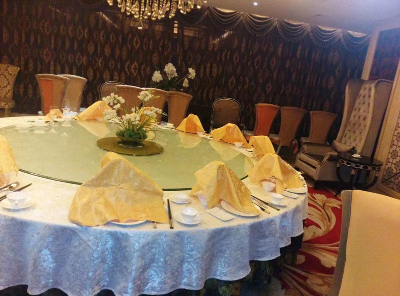 大家了解餐桌椅的分类及制作吗?怎么选购呢?小编给大家分享