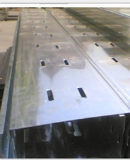西安托盘式电缆桥架